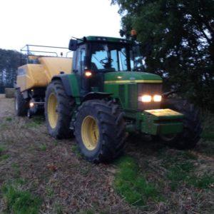 Ballepresning med traktor 2