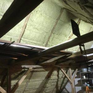 Isolering og montering af troldtekt loft - billede 3