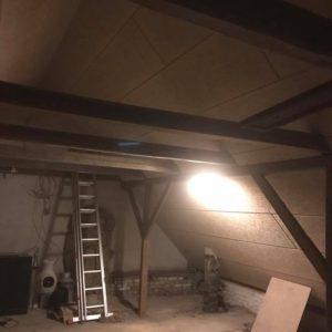 Isolering og montering af troldtekt loft - billede 5